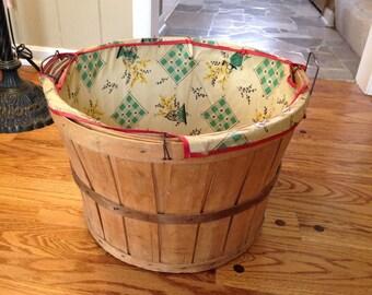 Vintage wooden laundry, bushel basket with fabric liner 1950's, orchard, apple, storage