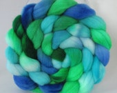 Hand Dyed Merino Wool Combed Top Roving  (4.0 oz.) - MINTY FRESH -Spinning Fiber Hand Painted Kettle Dyed Braid Needle Felting