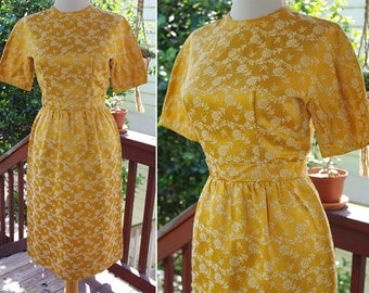 Golden DAISY 1950's 60's Vintage Yellow Satin Brocade Floral Dress with Short Sleeves // size XS Small // by Jeanne D'arc