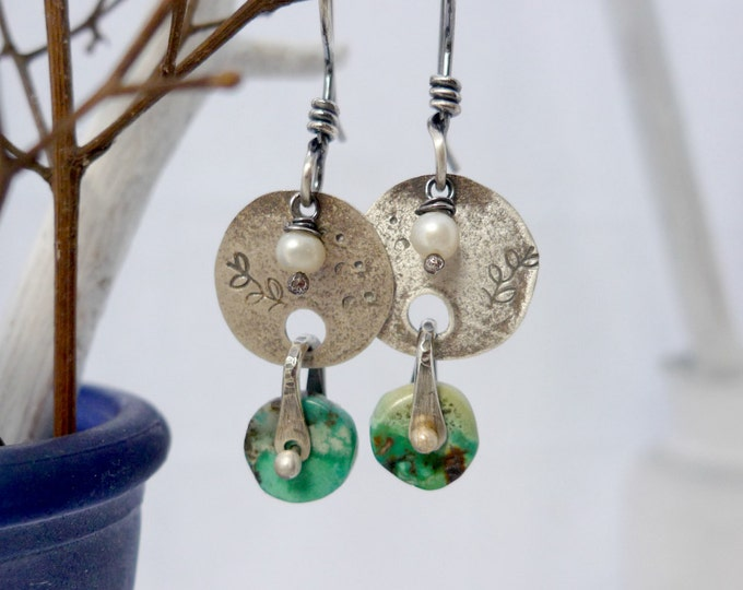 Sweet Vine and Turquoise Saddle Earrings