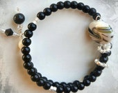 Black and White Row Counter Bracelet for Knitting or Crochet Count to 100