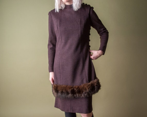 silent chorus 60s mod fur trim dress / faux fur dress / vintage shift dress / s / 113d