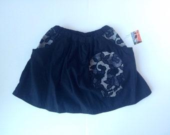 Black skull skirt