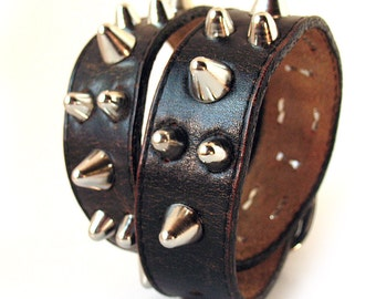 Rustic Black Leather Dog Collar with Silver Gentle Spikes, Size L, to fit a 18-21in Neck, Large Dog, EcoFriendly, OOAK