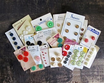 20 Cards of Vintage Buttons