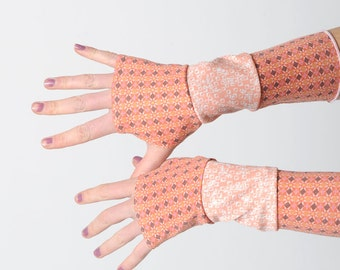 Pink jersey armwarmers, Pink and orange fingerless gloves, Patchwork jersey gloves with geometric patterns, Gift for women, MALAM
