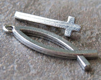 Fish and Cross Antique Silver 24mm Toggle Clasp :  2 Sets Ichthys Jesus Toggle