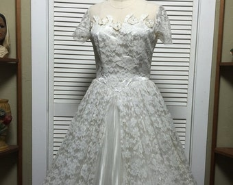 1950s wedding dress 50s tea length dress size medium Vintage lace wedding gown Maurer rockabilly full skirt