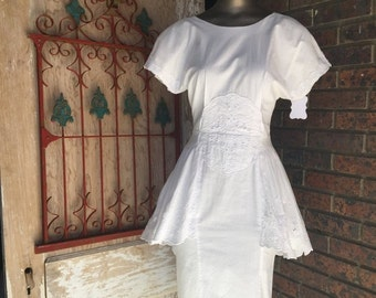 Fall sale 1980s dress white dress cotton dress 80s dress peplum dress wiggle dress size small Vintage dress