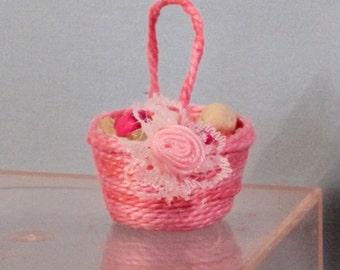 Miniature easter basket