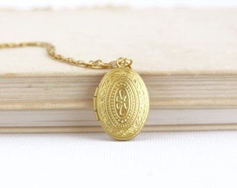Golden Locket - Bridesmaids Gifts - Tiny Delicate Necklace - Small Locket - Friendship Locket - Gift For Mom - Gift For Friend