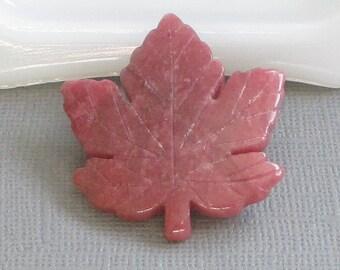 Vintage Rhodonite Leaf Brooch, Pink Stone Jewelry, Maple Leaf Pin, Canadian Jewelry, Souvenir Jewelry, Semi-Precious Stone