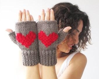 20% WINTER SALE Valentines Day Fingerless Gloves - Mittens Brown - Red