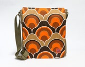 Canvas Messenger Bag , crossbody bag, shoulder bag, retro bag upcycled with original vintage fabric by EllaOsix