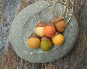 Autumn Acorn Ornaments /  Felted Wool Acorns / Home Decor / Autumn Fall Thanksgiving