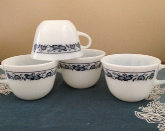 Pyrex Old Town Blue Onion Tea Cups