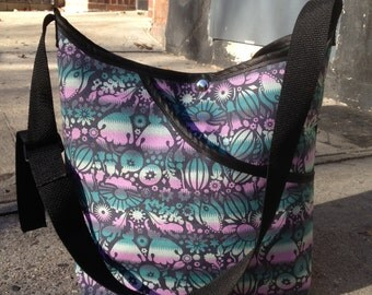 Teal Lilac Floral Cotton Print Pocket Market Bag, Lightweight Vegan Floral Cotton Messenger bag