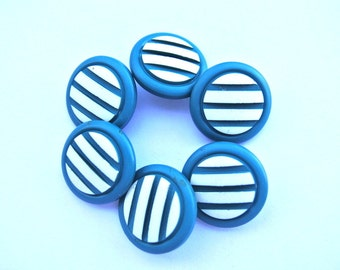 6 Vintage plastic buttons 20mm blue with white stripes