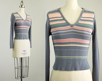 Cherie Vintage // 80s Vintage Blue Gray Striped Ribbed Knit Fitted Sweater / Size Small