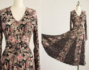90s Vintage Nostalgia Black Floral Print Crinkle Maxi Dress / Matching Aligator Clip / Size Small