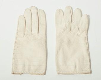 Vintage Short Ivory Gloves