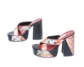 size 7.5 PLATFORM floral butterfly 80s 90s HOLOGRAPHIC CHUNKY high heel mules slip on sandals