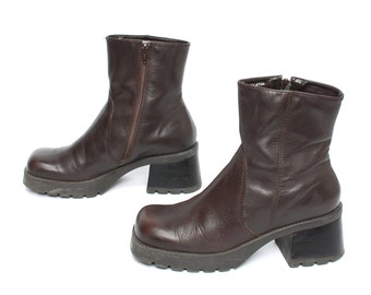size 8 PLATFORM brown leather 80s 90s CHUNKY GRUNGE zip up ankle boots