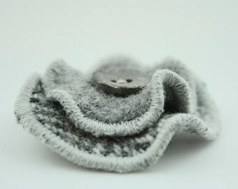 Wool Circle Brooch - All The Greys