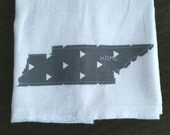 1/2 OFF SALE Tennessee Home Tea Towel Kitchen Bath triangles