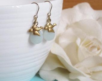 Petite Swallow Birds Dangle Earrings. Modern Everyday Wear. Green Faceted Teardrop Gold Brass Birds Earrings. Vintage Style, Nature Inspired
