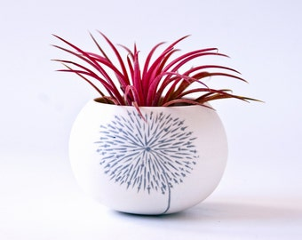 small ceramic planter dandelion design (light gray dandelion). Mini planter for cactus, succulent or air plant. Crafted by Wapa Studio.