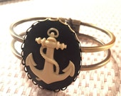Anchor Cabochon Bronze Bangle