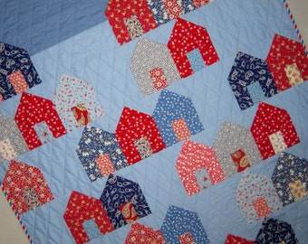 PADRE ISLAND Quilt from Quilts by Elena 1930s Reproduction Fabrics in Red White and Blue
