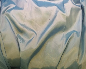 Sky Blue - Faux Silk Taffeta Fabric - fat 1/4