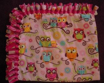 Owl NoSew Fleece Blanket
