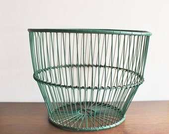XL vintage basket in green, metal