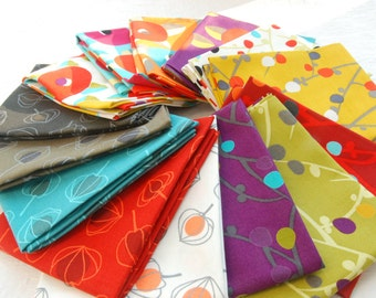 "Fat Quarter Bundles ""Annaluna Collection"" by Hoodie Crescent for Stof Fabrics"