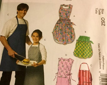 McCalls 5551 Apron Men's Children Boys and Girls Apron, full and half, uncut