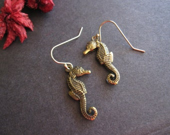Seahorse Earrings, Beach Inspired, Sea Animal, Ocean Animal, Marine Life, Ocean Life, Lightweight, Antique Brass, For Vacation, Gift for Her