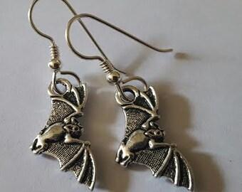 Bat, Bat earrings, Horror, Horror earrings, Victorian, Silver bat, Goth, Goth earrings, Goth jewelry, Bats day, MsFormaldehyde