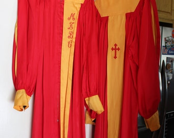 Vintage Choir Robes, gowns, Halloween Costumes, red and gold, MZBC, Lyric Choir Gown