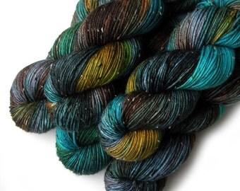 Tweedy DK Light Worsted Handdyed Yarn, Jasper, 230 yards