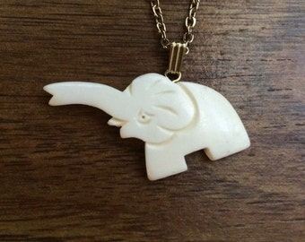 """Vintage Carved Elephant Necklace -Gold Tone 18"""" Chain - Brand New NOS"""