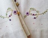 Vintage Guest Towel Hand Embroidered Linen Purple Bath Tea Hand Towel Bathroom Decor MINT