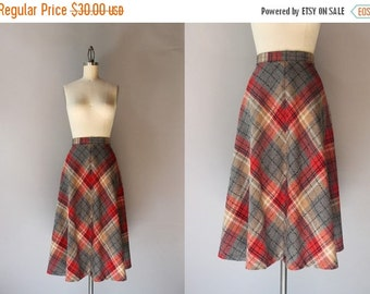 STOREWIDE SALE Vintage Plaid Skirt / 1970s Collegiate Skirt / 70s Full Plaid Knit Skirt