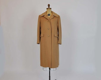 1950s coat / Cozy Camel Cashmere Vintage 50's Coat