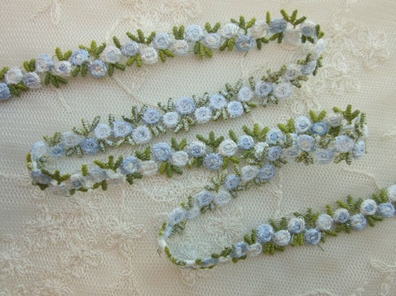 Embroidered Rose Bud Baby BLUE WHITE Flower Ribbon Trim Scrapbook Reborn Doll Quilt Sewing Couture