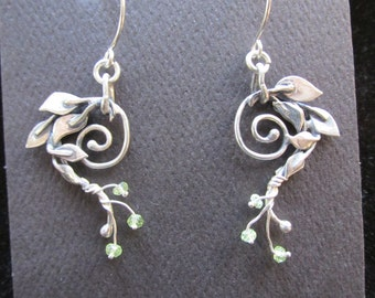Sterling Silver Brutalist 5 Leaf Spiral with Peridot earrings