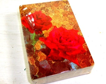 Vintage Deck Cards, Playing Cards, Red Roses, Game, Unopened New Old Stock  (865-15)