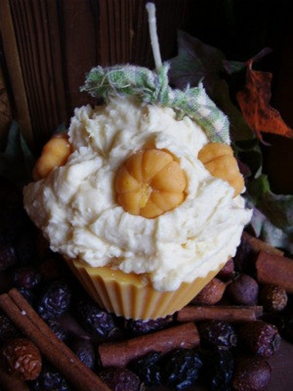Sweet Cinnamon Pumpkin Cupcake Candle
